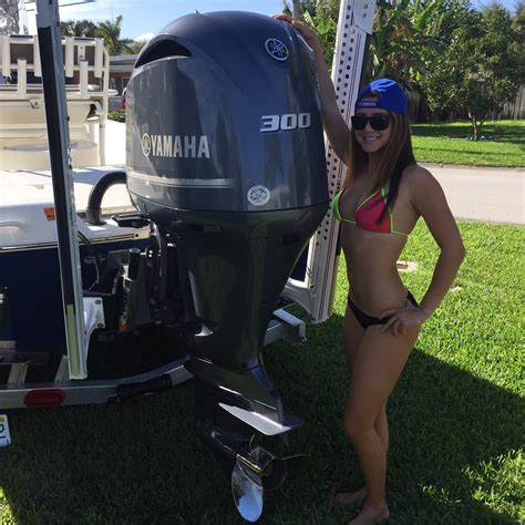 yamaha boat motor mechanics gorgeous handy woman shows us how to change the engine oil