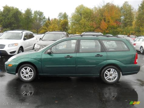 green ford station wagon rainforest green metallic 2000 ford focus se wagon