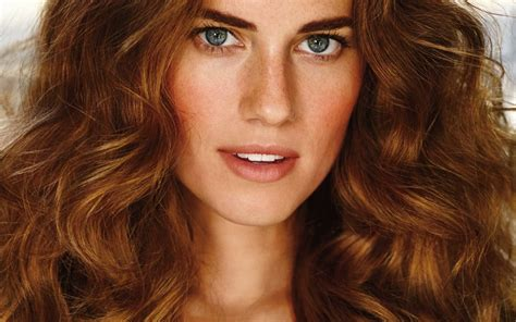 14  Allison Williams wallpapers High Quality Resolution