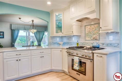 how to pick a kitchen backsplash picking a kitchen backsplash mr cabinet care