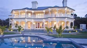 robert homes president robert mugabe s house photos he lives like a