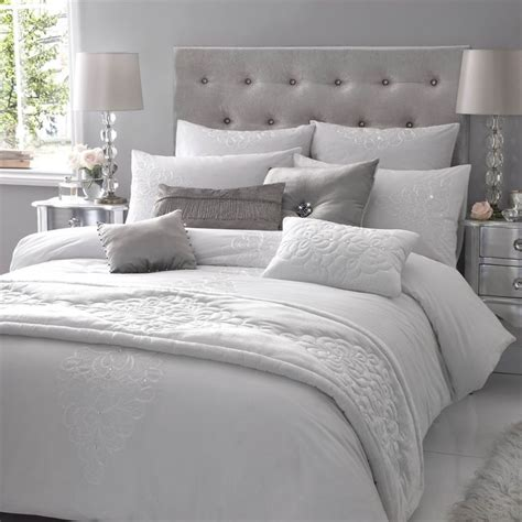 grey and white winter bedding bedroom decor - Grey Bed Linens