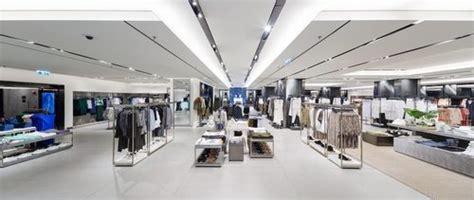 Dolly El Zarra Store 6 zara inaugura su flagship en hong kong donde alcanza