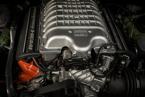 trackhawk jeep engine jeep to reveal grand trackhawk at york auto