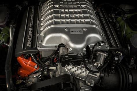 trackhawk jeep engine jeep to reveal grand trackhawk at york auto