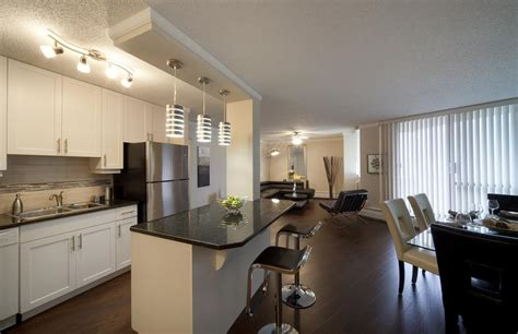 2 bedroom apartment edmonton edmonton downtown 2 bedrooms apartment for rent ad id