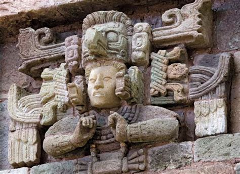 imagenes idolos mayas cop 225 n ancient city honduras britannica com