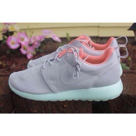 light pink nike roshe shoes nike running shoes nike nike roshe run wolf grey