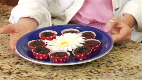 recipe for brownies with cheese icing ehow