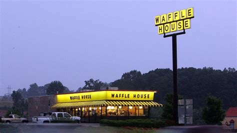 waffle house chicago waffle house index goes red as 25 stores shutter nbc