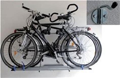 fahrräder platzsparend aufbewahren unitec 75318 dachlift evolution dachtr 228 ger f 252 r 2 fahrr 228 der