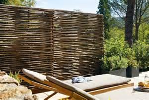 jardin terrasse panneaux vue pour se cacher des