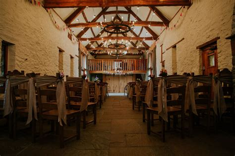 ritchie barn wedding venue visalia ca 2 13 beautiful barn wedding venues in the uk