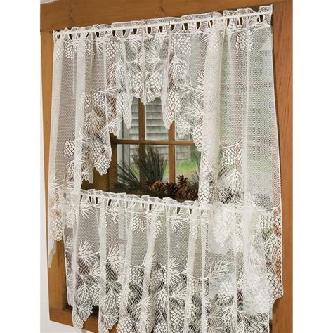 cabin curtains for more inviting and warm atmosphere