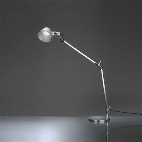 tolomeo led table l artemide le de table tolomeo 224 led led aluminium