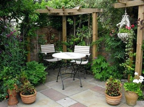 backyard courtyard ideas courtyard backyard design ideas backyard courtyard images