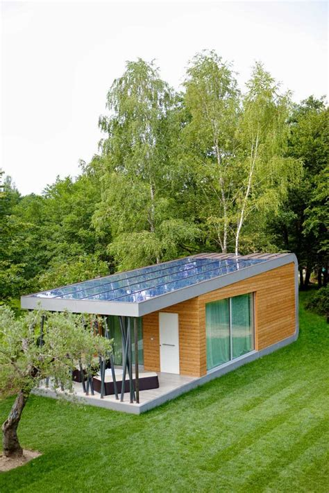 eco friendly house design with solar energy wit large