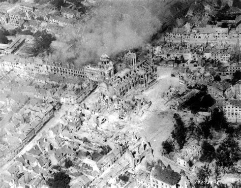 World War how many died in world war 2 two ww2 wwii how