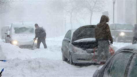 heavy snowfall packs a punch causing minor crashes school