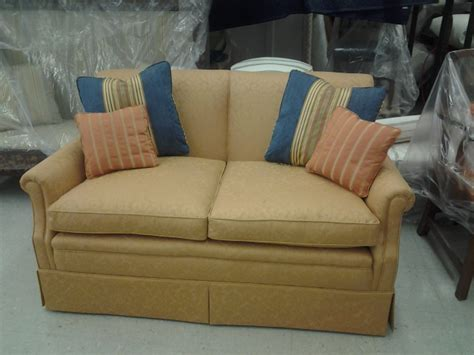 how to reupholster a reclining sofa reupholster recliner sofa 28 images remodelaholic 28