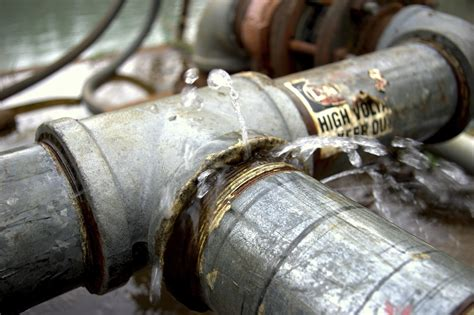 How To Find A Plumbing Leak by Water Leaks