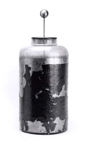 history of capacitor capacitors engineering and technology history wiki