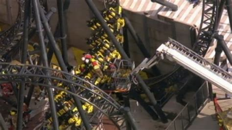 theme park disasters 4 seriously injured in amusement park accident abc news