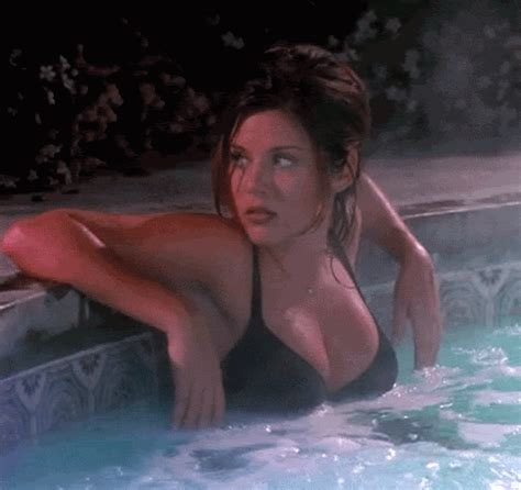 sex in bathtubs breathtaking and inappropriate tiffani thiessen is waiting