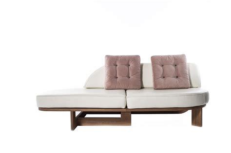 vintage inspired sofa vintage inspired sofa designed by unamo curva2