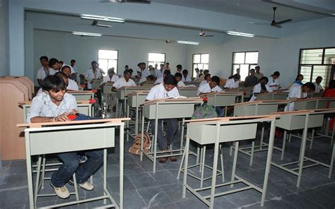 Cmr Mba College Hyderabad by Cmr College Of Engineering And Technology Kandlakoya