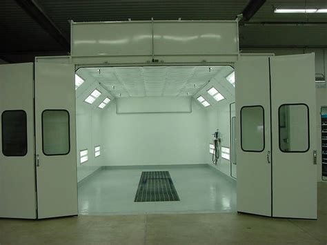 spray painting room paint booth clean room for clear coating or occasional