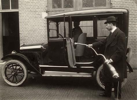 car upholstery service file elektron vacuum cleaner 1916 jpg wikimedia commons