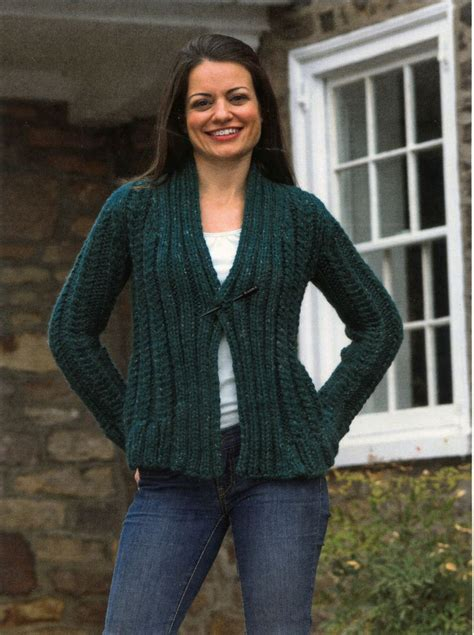 bulky sweater knitting patterns s bulky cabled cardigan knitting pattern