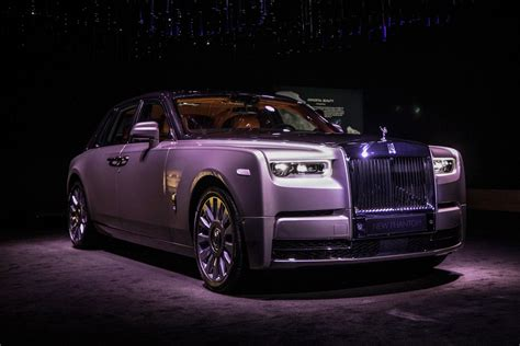 roll royce fantom rolls royce unveils the all new phantom viii australian