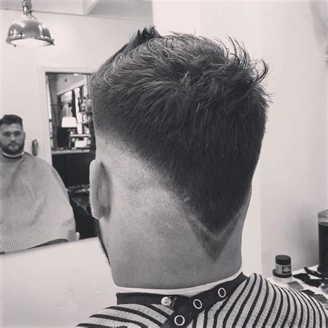 how to do v shaped fade the v shaped neckline cool v shaped haircut with layers
