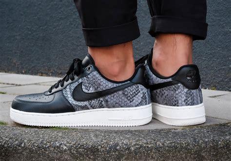 Baju Setelan Lv 01 Adidas Sporty Set nike air 1 low 823511 003 sneakernews
