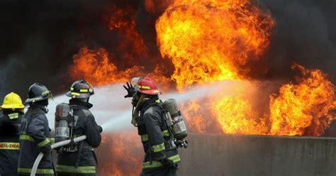 imagenes de cumpleaños para bomberos jugar a polic 237 as y bomberos parece que no es un juego