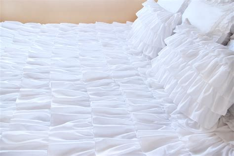 ruffled coverlet ruffle bedding