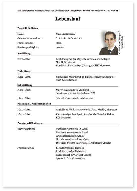 Lebenslauf Wo Kommt Das Bild Hin Die Bewerbung Bei Der Bundeswehr Der Lebenslauf Die Ausbildung Bei Der Bundeswehr