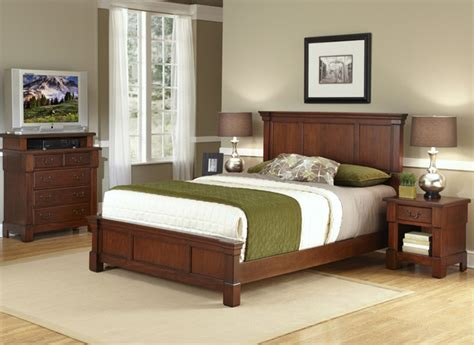 Overstock King Bedroom Sets by The Aspen Collection Rustic Cherry King Bed Media Chest
