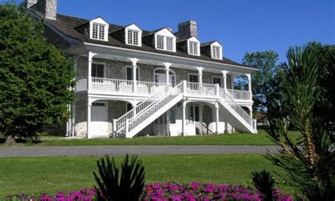 plantation style houses french plantation style house ranch style house french