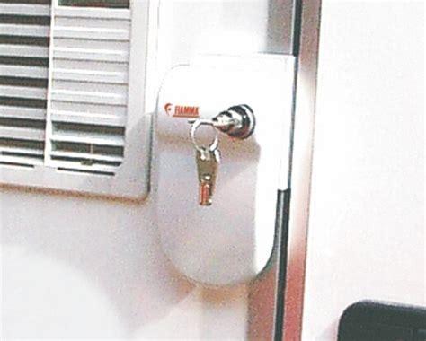 3 Door Locks Same Key by Fiamma Security Safe Door Frame White 3 Pack Same Key Motorhome Caravan Ebay