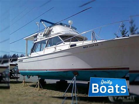 bayliner explorer boats bayliner 32 explorer for sale daily boats buy review