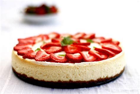 Loyang Press Oval Cheesecake strawberry cheese cake the world of mi
