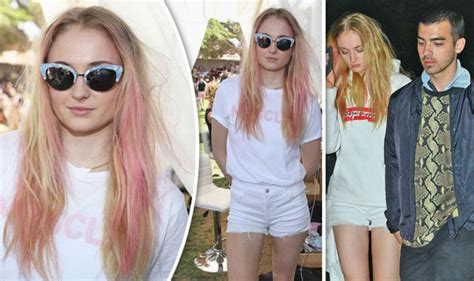 game of thrones actress joe jonas game of thrones sophie turner cosies up to joe jonas at