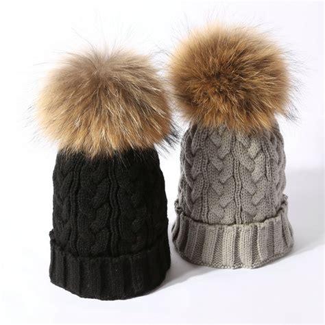 Fashion Pom Pom fashion real fox fur 15cm pom pom caps