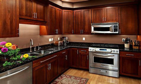 dark cherry kitchen cabinets cherry kitchen cabinets with granite countertops black