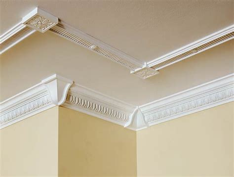 Cornicing Ceiling by