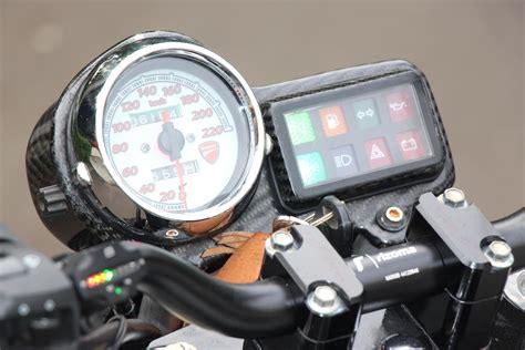 Speedometer Byson modifikasi byson menggunakan speedometer ducati dan part moge nofgi piston