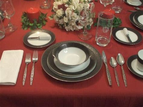 how to set a dinner table how to set a formal dinner table 6